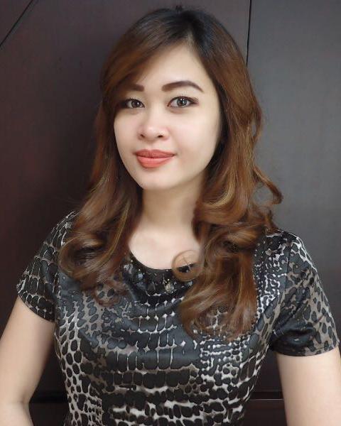 RIS & Associates | Associates | Della Octania | Law Firm Jakarta